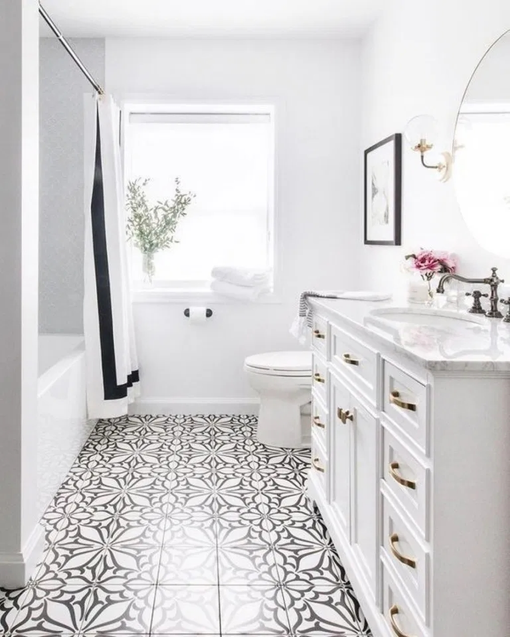 10+ Amazing White Bathroom Vanity Ideas To Inspire You - LOVAHOMY