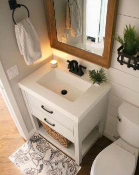 Astonishing Bathroom Design Ideas With Amazing Storage 25