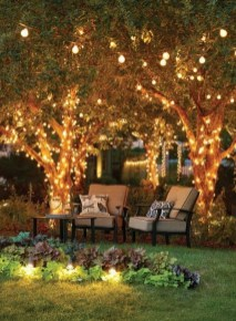Creative Backyard Lighting Design Ideas That You Should Try 44