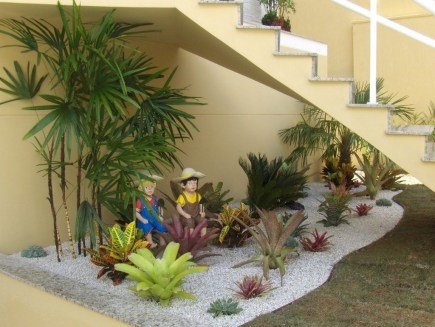 Elegant Indoor Rock Garden Ideas That Can Enhance Your Home Style 43
