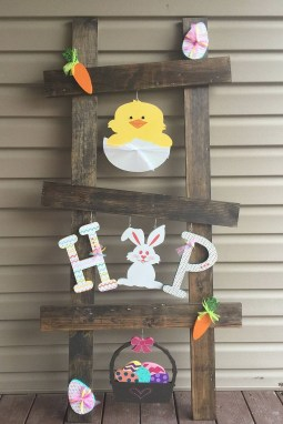 Gorgeous Outdoor Easter Decorations To Bedeck Your House In Style 30