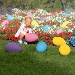 Gorgeous Outdoor Easter Decorations To Bedeck Your House In Style 46