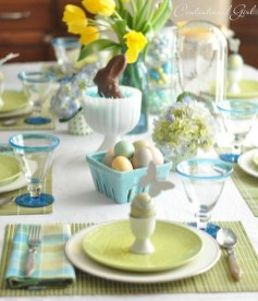 Marvelous Easter Tablescapes That Will Make Your Jaw Drop 16