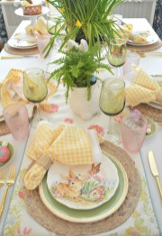 Marvelous Easter Tablescapes That Will Make Your Jaw Drop 40