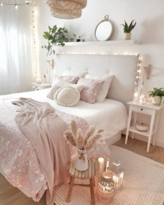 Minimalist And Simple Bedroom Decor Ideas That You Should Try 12