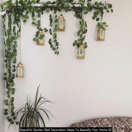 Beautiful Garden Wall Decoration Ideas To Beautify Your Home 02
