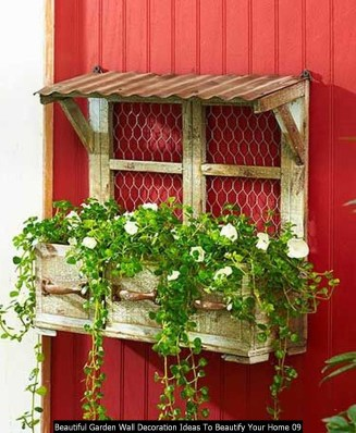 Beautiful Garden Wall Decoration Ideas To Beautify Your Home 09