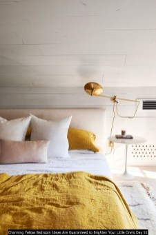 Charming Yellow Bedroom Ideas Are Guaranteed To Brighten Your Little One's Day 51