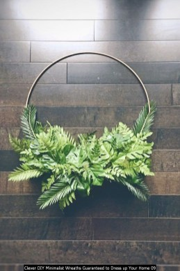 Clever DIY Minimalist Wreaths Guaranteed To Dress Up Your Home 09