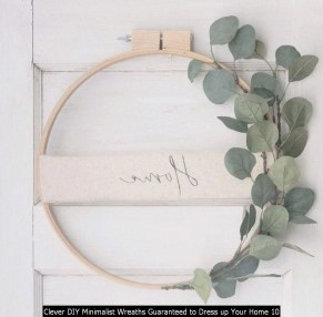 Clever DIY Minimalist Wreaths Guaranteed To Dress Up Your Home 10