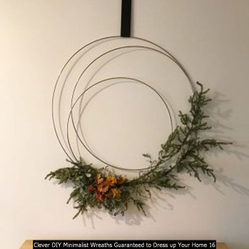 Clever DIY Minimalist Wreaths Guaranteed To Dress Up Your Home 16