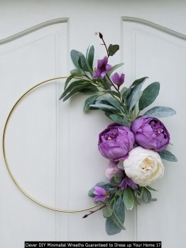 Clever DIY Minimalist Wreaths Guaranteed To Dress Up Your Home 17