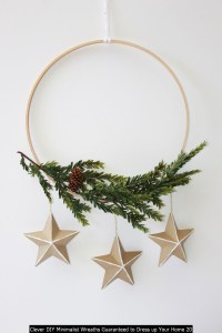 Clever DIY Minimalist Wreaths Guaranteed To Dress Up Your Home 20