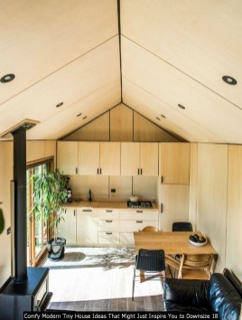 Comfy Modern Tiny House Ideas That Might Just Inspire You To Downsize 18