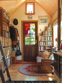 Comfy Modern Tiny House Ideas That Might Just Inspire You To Downsize 39
