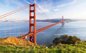 Credits. San Francisco by Somchai Jongmesesuk/ 123RF