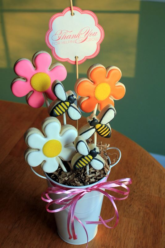 Teacher Appreciation Week:: Edible Flower Arrangements & Printable