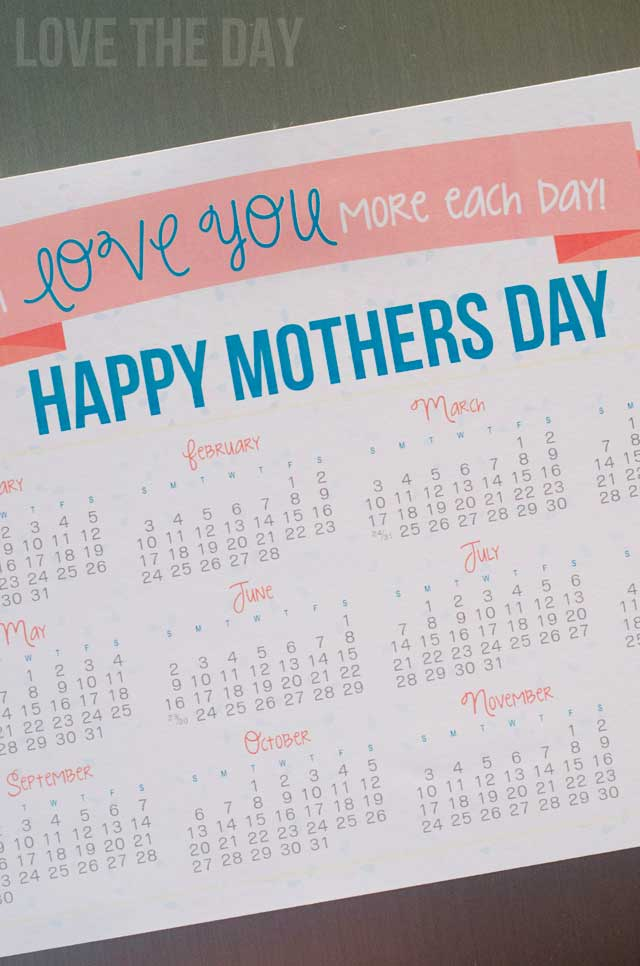 A Mothers Day FREE Printable Calendar to celebrate out mothers.