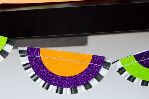 DIY Halloween Garland with Cricut Explore by Love The Day