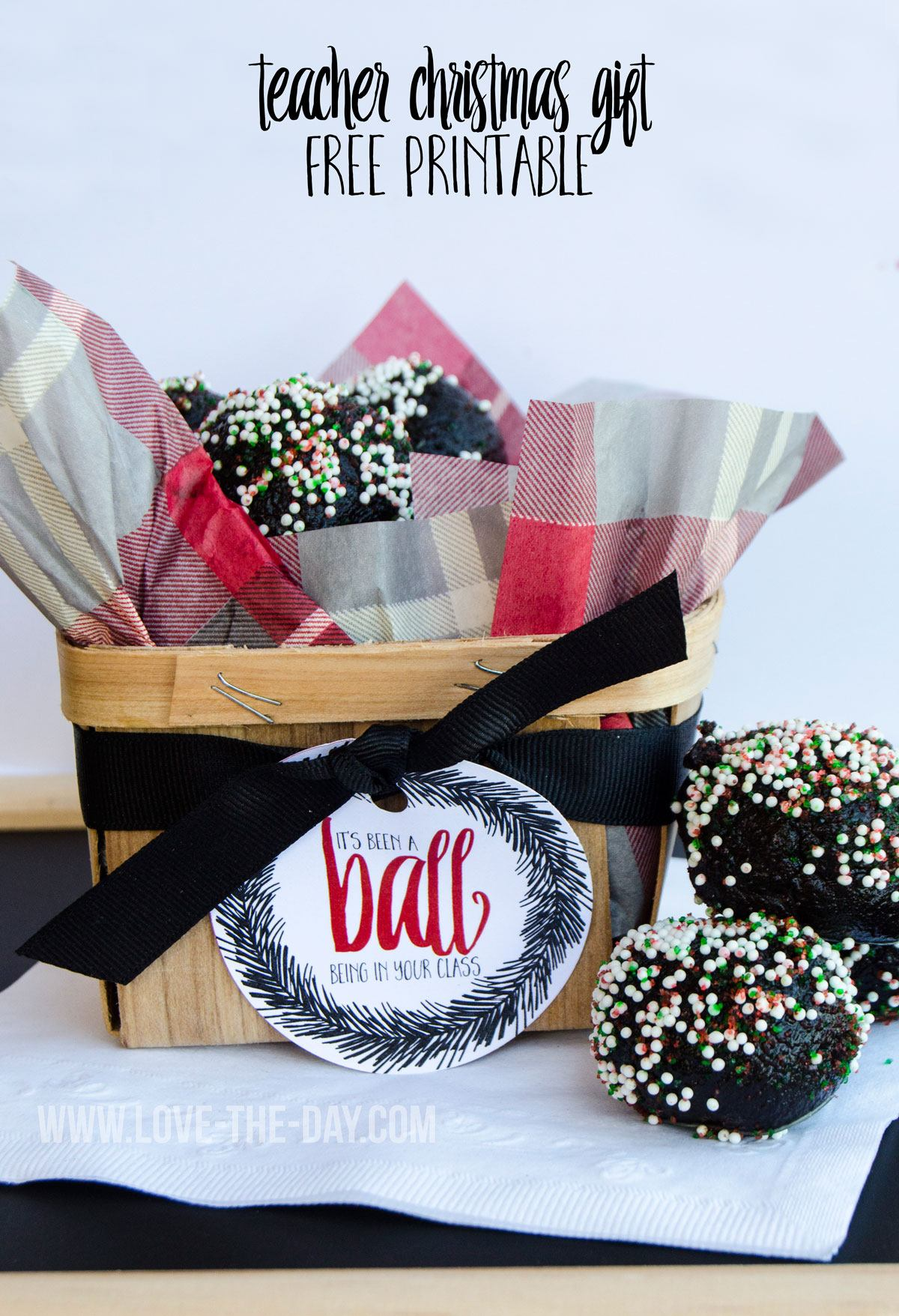 OREO Cookie Ball Christmas Gift Idea and FREE Printable by Love The Day