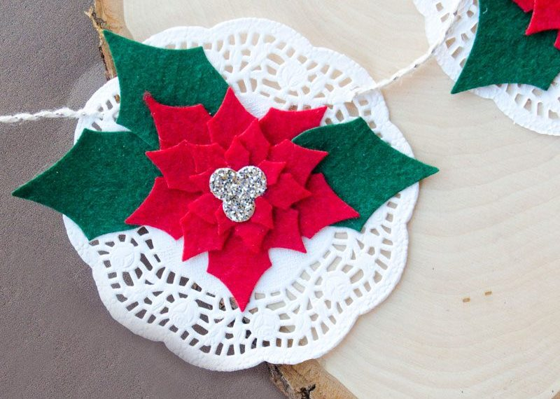 Poinsettia Felt Christmas Garland Idea by Lindi Haws