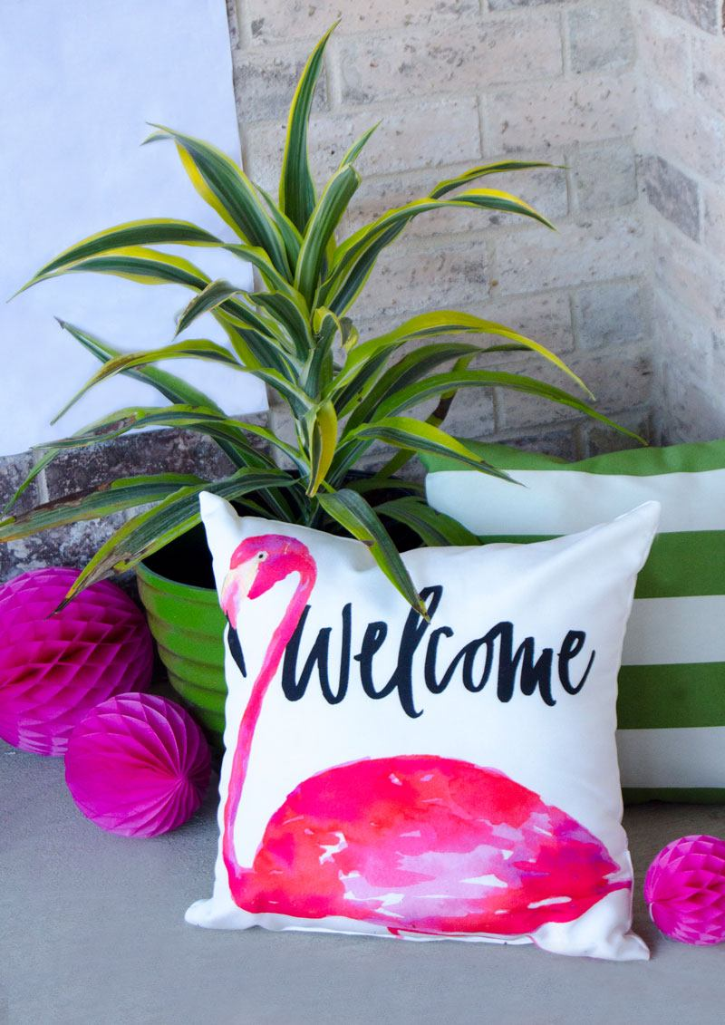 How To Make a Tropical Backdrop by Lindi Haws of Love The Day