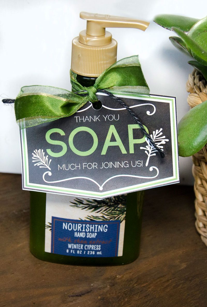 Easy Holiday Party Favors by Lindi Haws of Love The Day