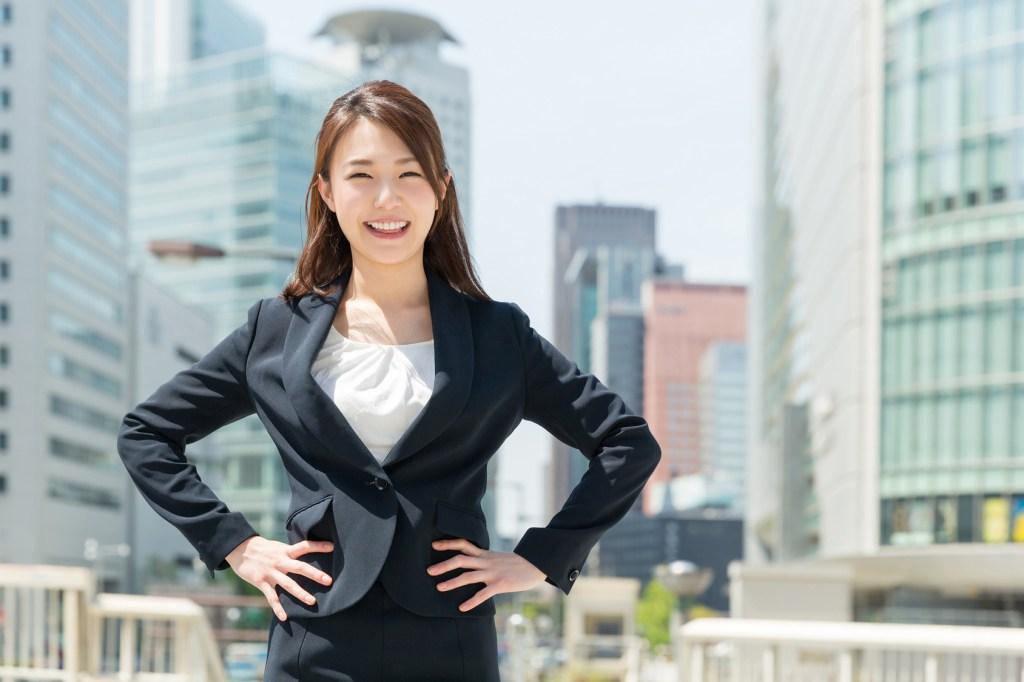 営業の女性