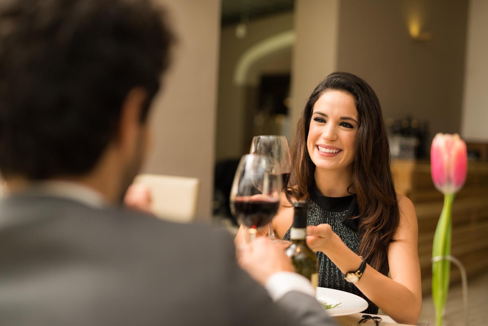 レストラン デート