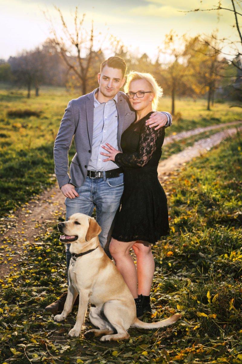 Paarshooting Leipzig Fotograf romantisch Herbst mit Hund