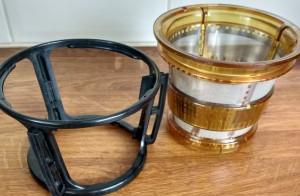 Slowjuicer test - Zeef en zeefschraper (Kuvings BigMouth)