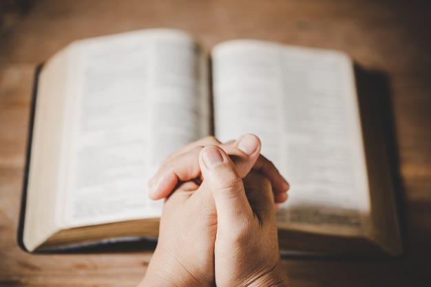 holy-bible-prayer