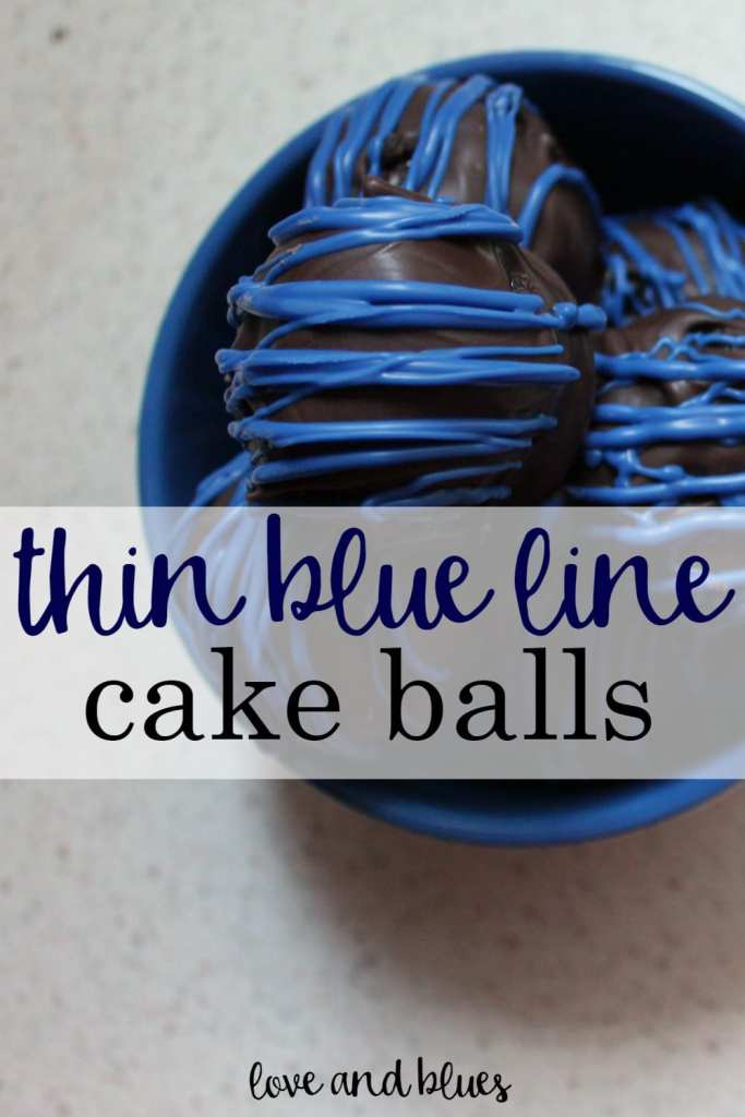 These are so cute! I'll have to make these for my husband's department this Thanksgiving.. Any excuse to make cake balls ;)