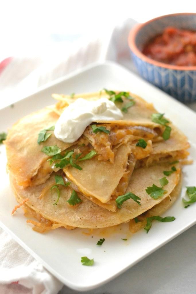 love_and_food_foreva_chicken_quesadilla_chipotle_mayo