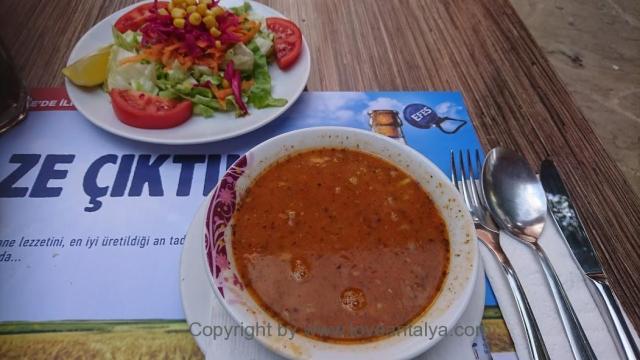 Ezogelin suppe