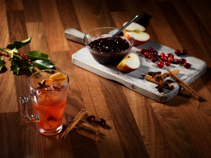 OLD FASHIONED CHRISTMAS_LOW