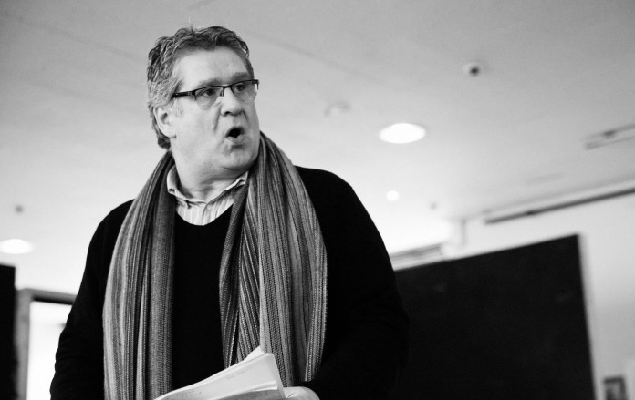 Dan Gordon in rehearsal for The Shadow of a Gunman