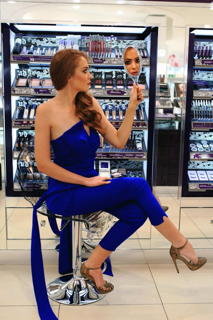 LOCAL BLOGGER PERFECTS HER POUT TO RELAUNCH DEBENHAMS BEAUTY HAL