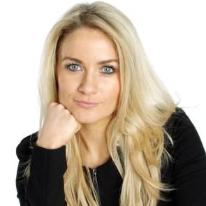 Holly Hamilton Picture