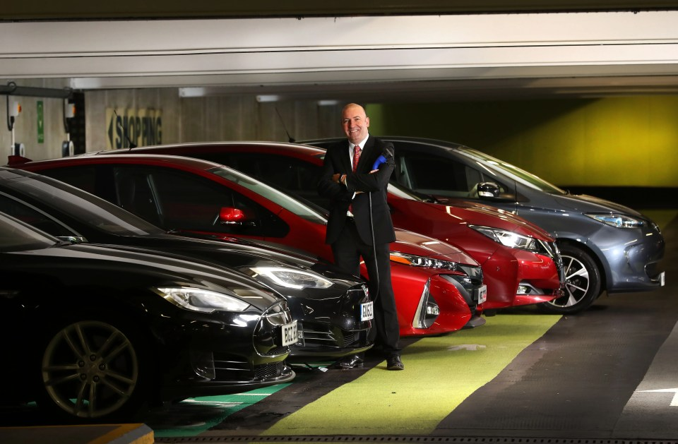 Plugged in! CastleCourt creates Northern Ireland's largest electric car charging hub (2)