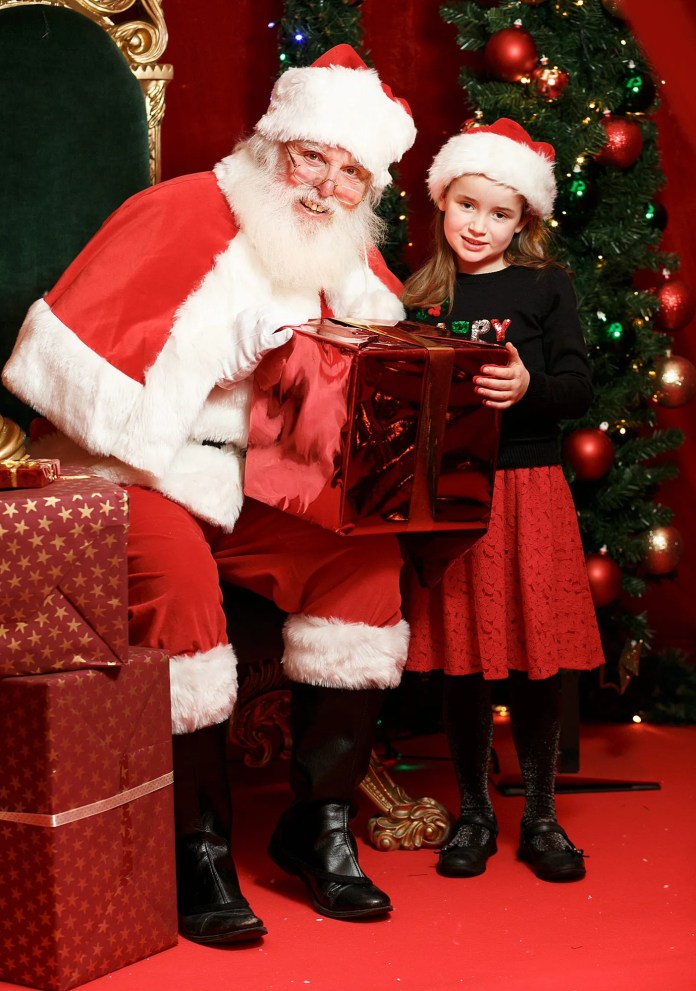 Free Santa Puts CastleCourt atCentreof Christmas in Belfast