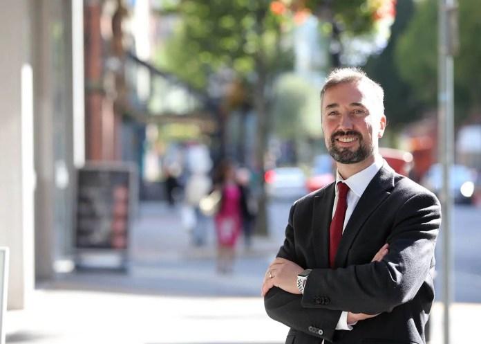 Chris McCracken (Managing Director)