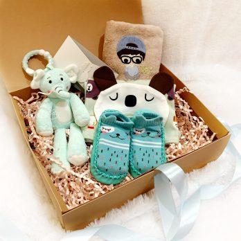 gift box prewalk boy