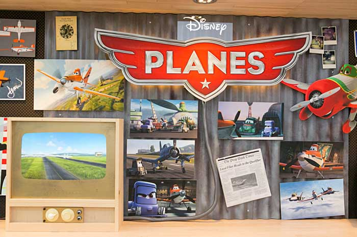 Interview with Dan Abraham and Art Hernandez - Storyboard Artists for Disney's PLANES #disneyplanesbloggers
