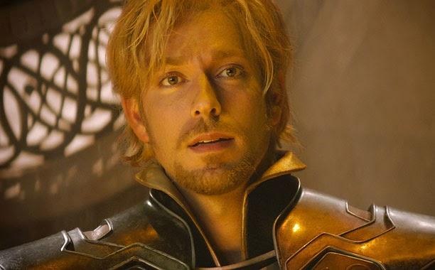 @ZacharyLevi talks about Thor: The Dark World #thordarkworldevent