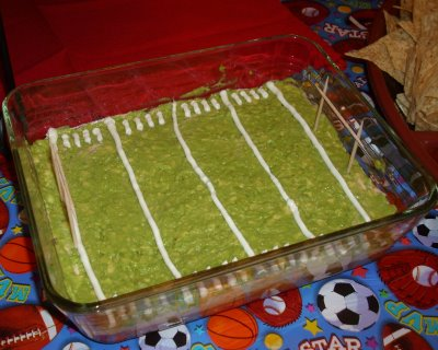 15 Super Bowl Party Ideas - Football Field 7 Layer Dip