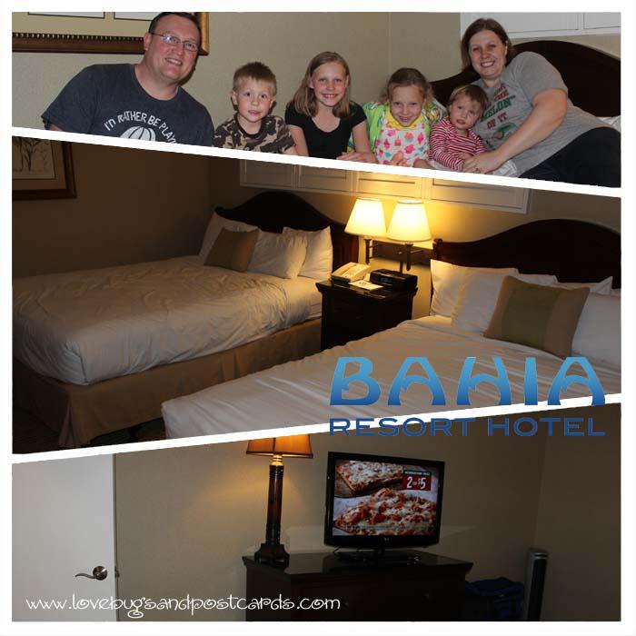 Bahia Resort Hotel - Bedroom in Bayside Suite