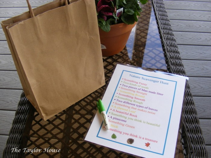 Nature Scavenger Hunt for Kids {Free Printable} - Educational Activities for Kids