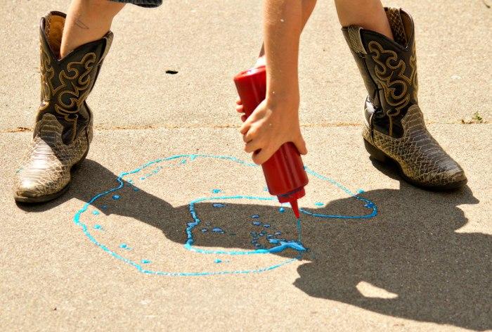 Squeezie Sidewalk Chalk - Educational Activities for Kids