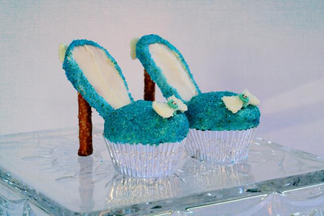 Cinderella Shoe Cupcakes